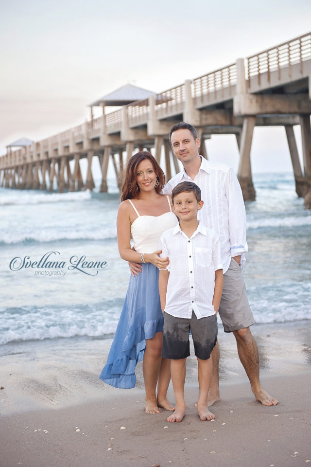 Jupiter Family Photographer: The Family Beach Session