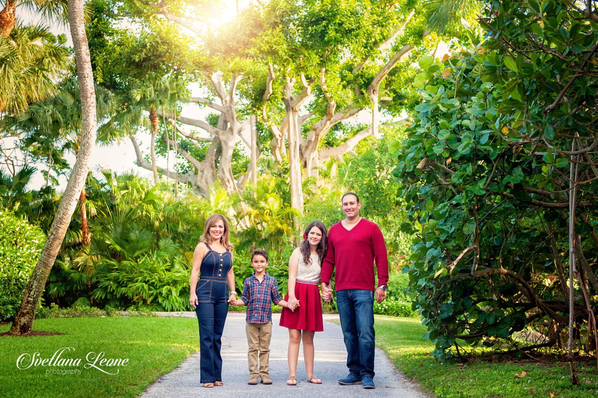Jeannette & Michael Family-11logo