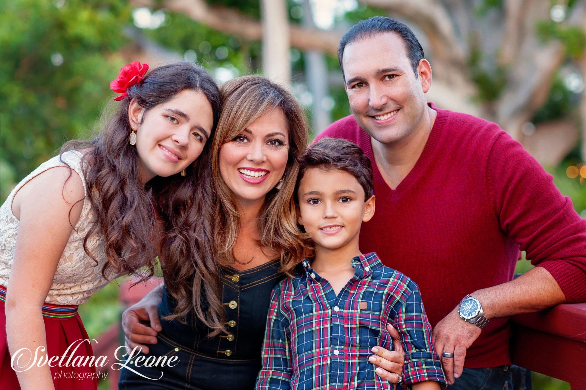 Jeannette & Michael Family-98logo